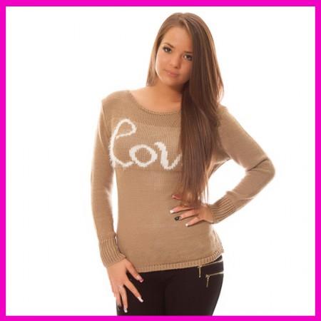 Kötött pulóver Love felírattal Karamell